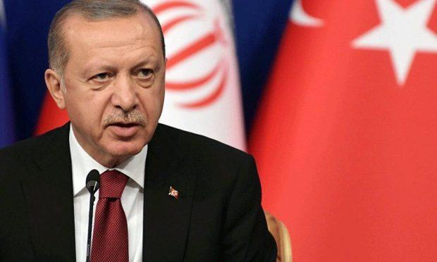گفتگوی ۴۵ دقیقه ای مکرون با اردوغان در نشست ناتو